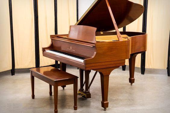 Piano acoustique ou numérique : comment choisir ?
